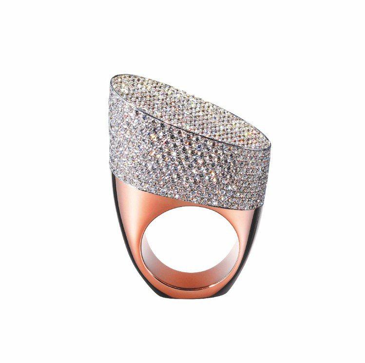 Centaure系列玫瑰金與白K金鑲鑽戒指,18K玫瑰金與白金鑲嵌827顆鑽石,...