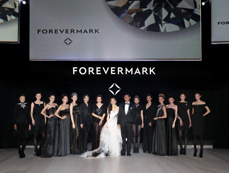 藝人范瑋琪、陳建州夫妻檔擔任Forevermark®永恆印記《A PROMISE...