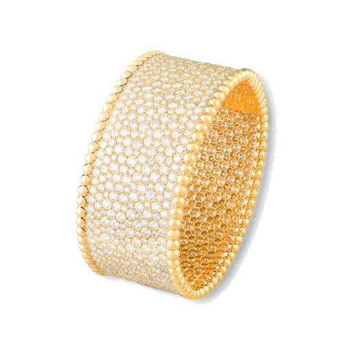 Van Cleef & Arpels Perlee 黃K金鑲鑽手鐲,價格電洽。圖...