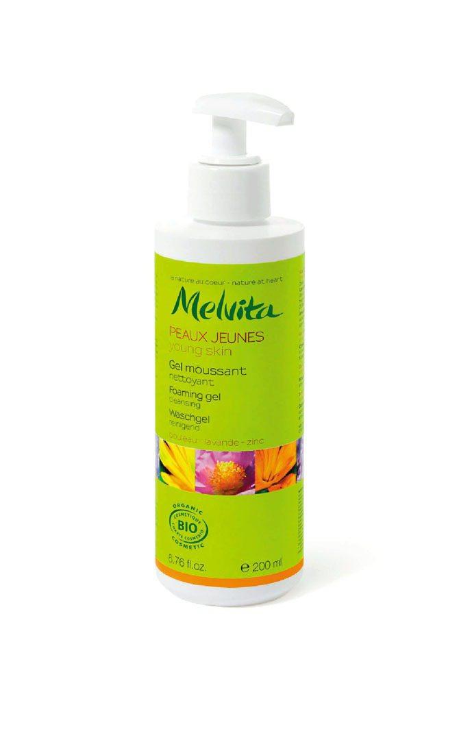 控油淨膚潔面膠200ml/1,080元。圖/Melvita提供