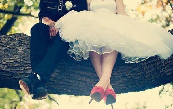 準備婚禮就像是一場馬拉松,希望自己在典禮當天的幾小時是此生最美麗的時刻!不論是誰...