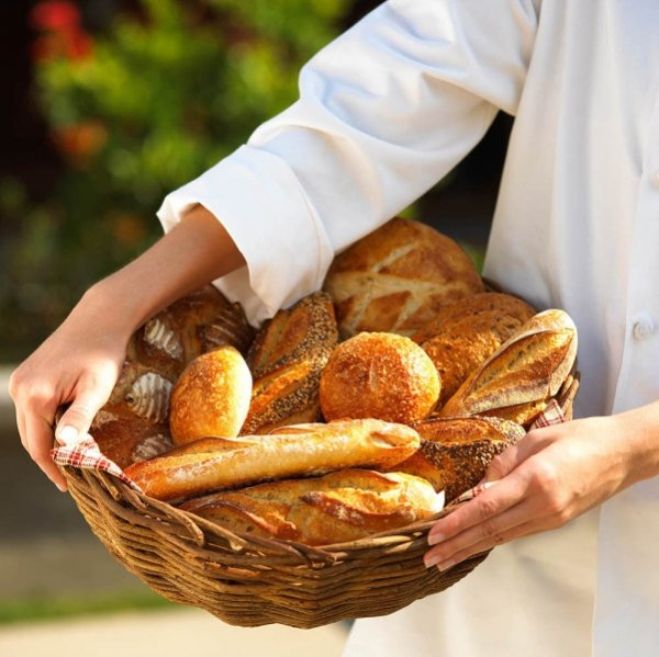 大部分麵包是用白麵粉做的,易消化吸收,但膳食纖維含量極低,又會造成血糖極速上升,...