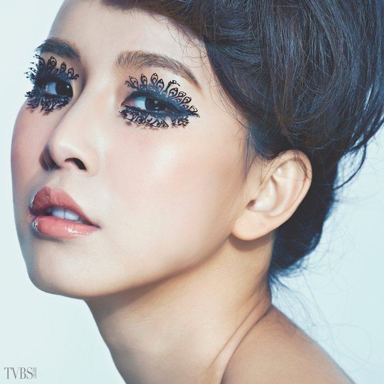 壓力黑眼圈、眼周細紋皺紋、以及浮腫泡泡眼,是女性常見的眼周問題,想要避免眼周肌膚...