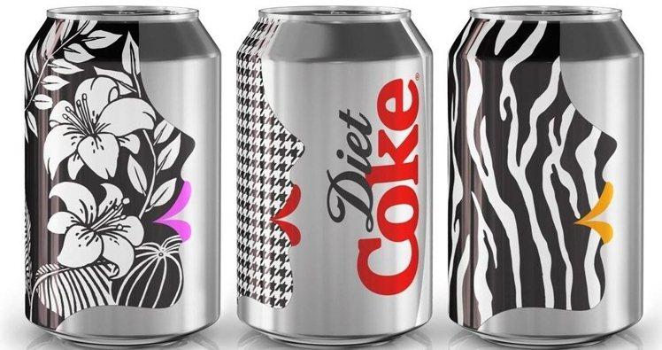 一向愛搞 gimmick 的 Benefit,最近與 Diet Coke cro...