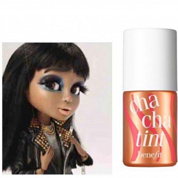 粉紅色為主的 romatic look。圖/she.com.tw