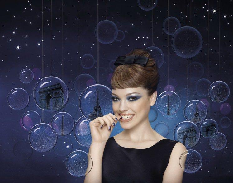 BOURJOIS妙巴黎耶誕主打巴黎幻藍月光指彩系列。圖/妙巴黎提供