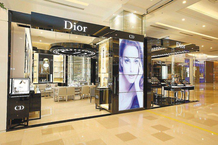 迪奧在台中遠東百貨開設旗艦店。圖/迪奧提供