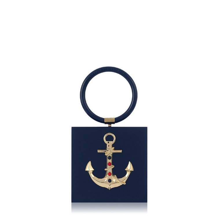 船錨造型海軍藍手拿包,48,800元。圖/Charlotte Olympia提供