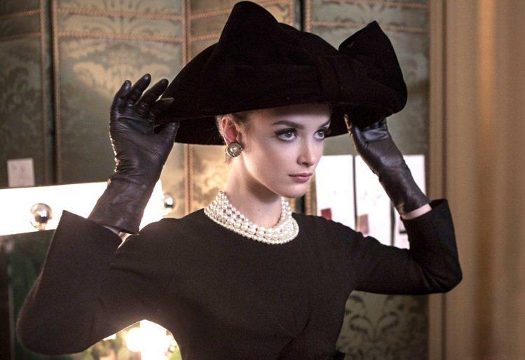 電影「時尚大師聖羅蘭」展現大師對美的獨到眼光。圖/YSL提供