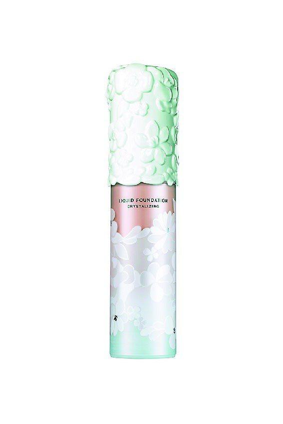 資生堂專門店碧麗妃首度推出彩妝產品「恬蜜花漾」系列,包裝由知名荷蘭工藝設計師To...