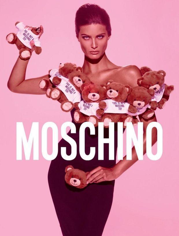 「Moschino Toy」香水廣告,充滿童稚趣味。圖/Moschino提供