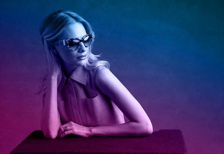 名模Poppy Delevingne最近接Michael Kors眼鏡廣告廣告。...