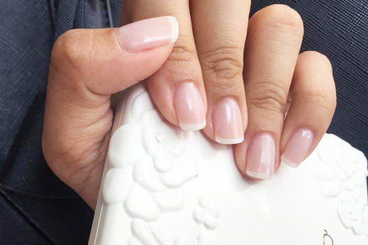 【指甲修型符合你本身指頭形狀】 一般我們在做法式指甲或凝膠美甲時,都會追求自己...
