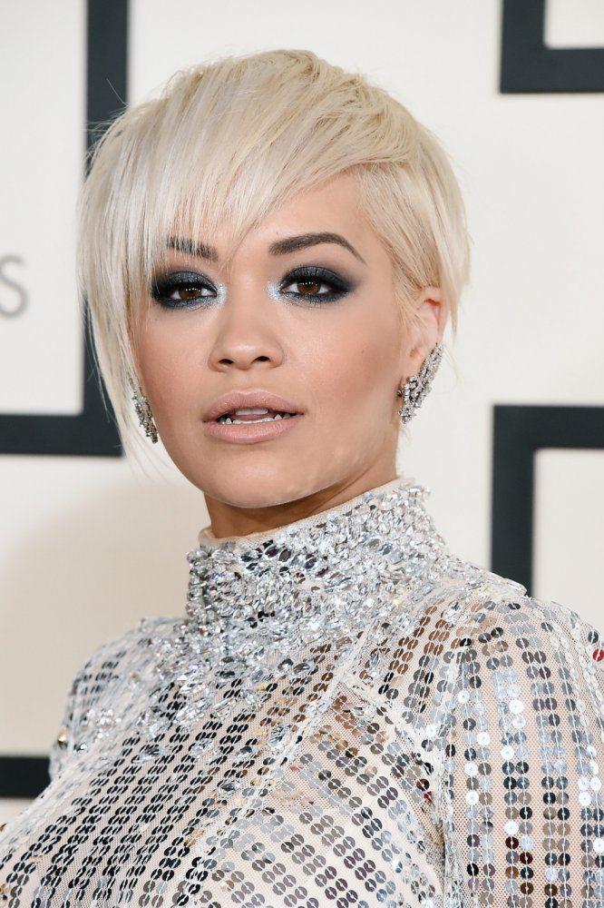 這幾年在女星的帶領下,很多人樂於嘗試精靈系極短髮。圖為Rita Ora。圖/擷自...