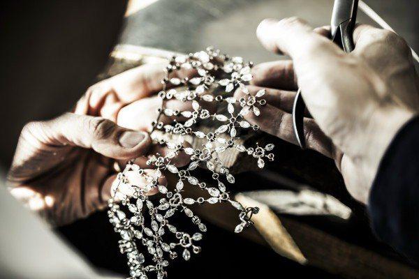 蕭邦紅地毯系列訂製珠寶製作精細。圖/迪生提供