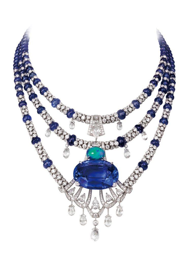 CARTIER頂級珠寶系列藍寶石項鍊,鉑金材質鑲嵌鑽石,項鍊串以藍寶石珠,下擺鑲...