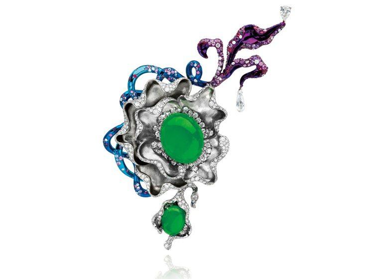 ANNA HU魔幻靈芝胸針, 鈦材質, 鑲嵌翡翠、鑽石、粉色剛玉與紫色剛玉。圖/...