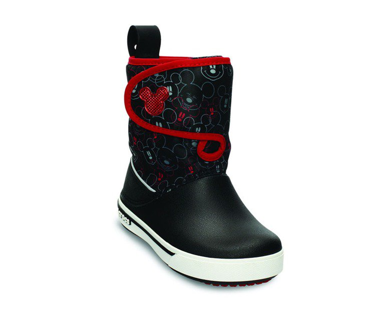 米奇小卡駱班鎮風靴,NT$2,780。圖/Crocs卡駱馳提供