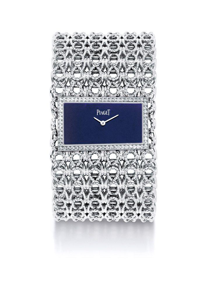 金鍊鐲錶,白金材質,鑲飾69顆鑽石青金石錶盤,搭載伯爵56P石英機芯。圖/珠寶之...