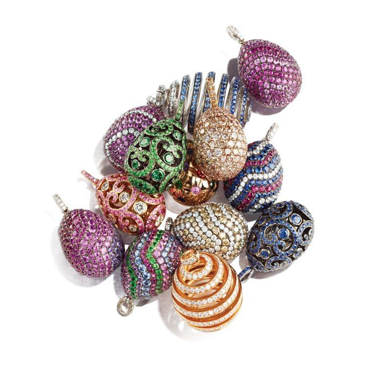 絢爛多彩的彩蛋鍊墜。圖/珠寶之星