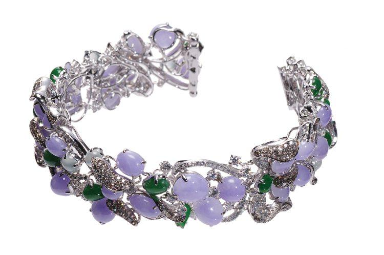 天然紫翡鑽石手鍊,18K金材質,鑲嵌A貨紫翡31顆、A貨翡翠12顆、A貨冰翡8顆...