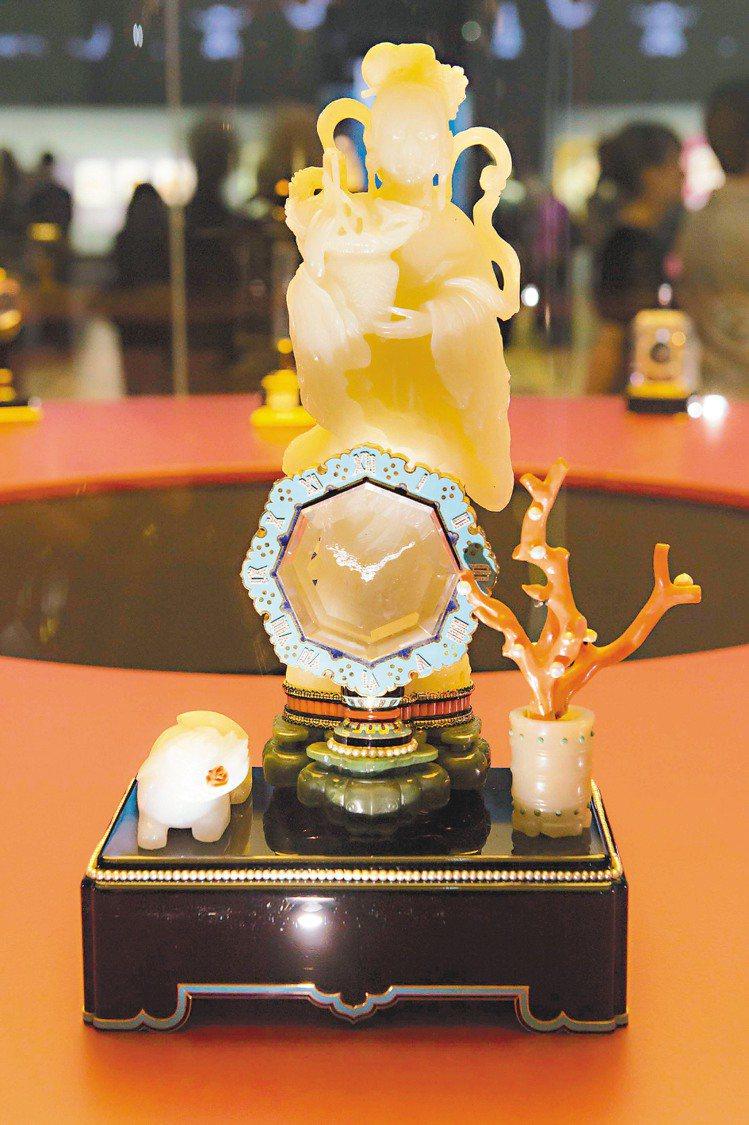 神像造型報時神祕鐘, 1931年卡地亞巴黎製作。圖/卡地亞提供