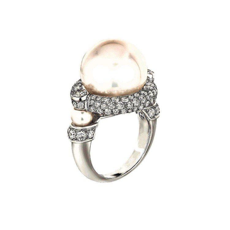 Cascade de Perles戒指,18K白金鑲嵌104顆總重2克拉的明亮式...