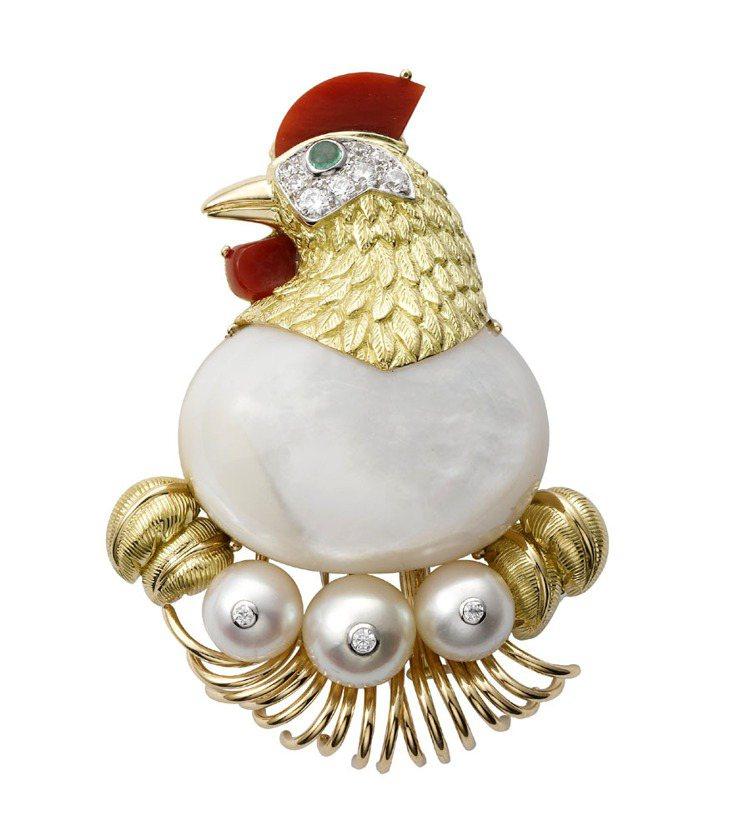 卡地亞以1957年的母雞造型胸針為藍本、重製出同款胸針。圖/卡地亞提供