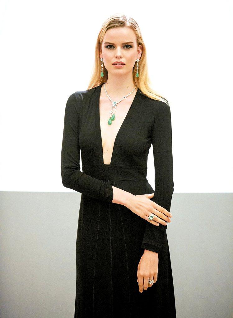 模特兒展示LV高級珠寶系列Acte V的流線美感。圖/LV提供