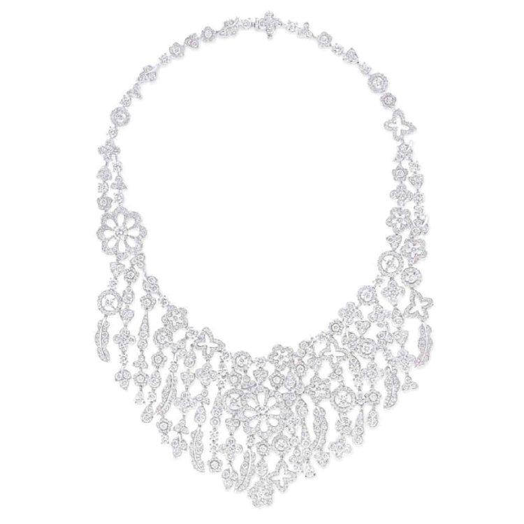 格拉夫Bohemia系列多形切割鑽石項鍊,鑽石總重52.91克拉。圖/珠寶之星提...