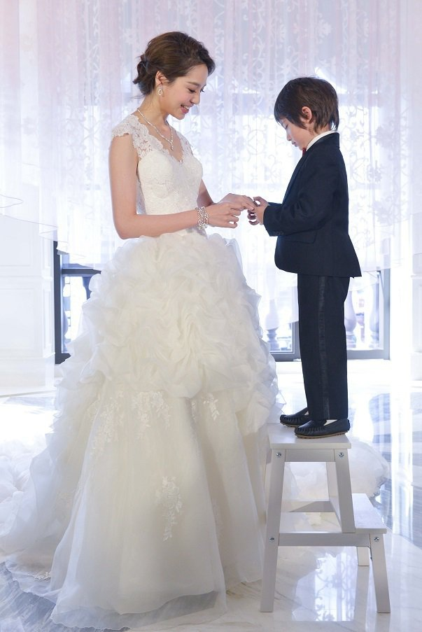 白歆惠接受小男model的求婚。圖/Hearts On Fire提供