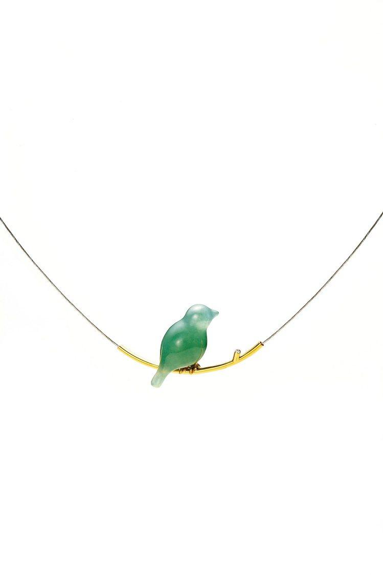 青鳥頸鍊,青鳥自在停靠鑽石枝頭,83,250元起。圖/林曉同珠寶提供