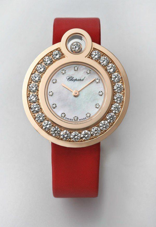 快樂鑽石系列延伸的Happy 8腕表。圖/迪生提供