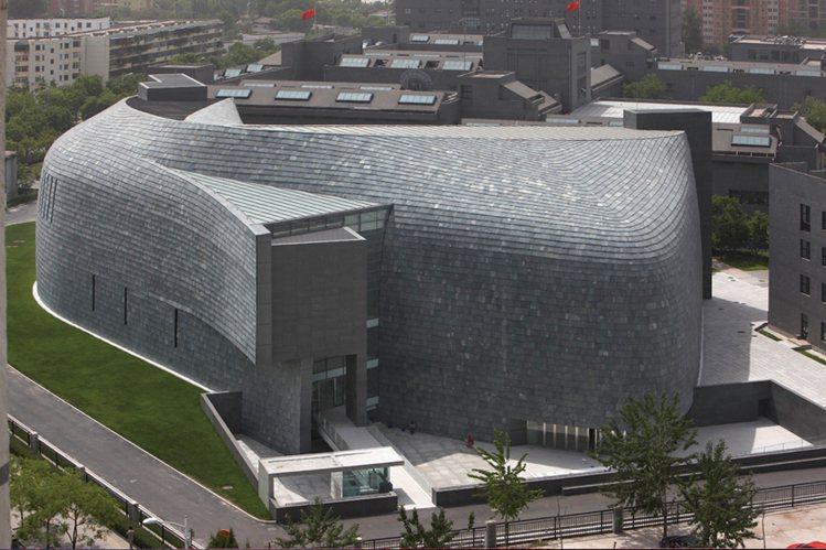 這回O'clock設計展特別選在北京中央美術學院美術館舉辦。中央美術學院在200...