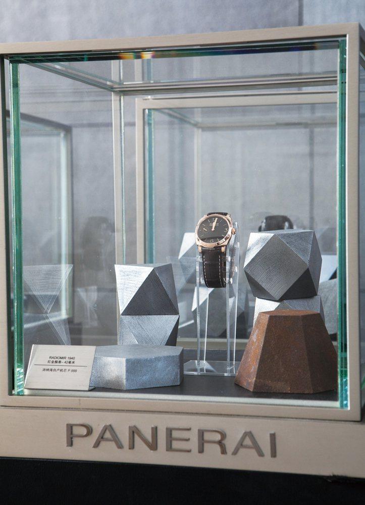 PANERAI不僅是O'clock設計展的重要合作夥伴,同時也是設計師們創作的靈...