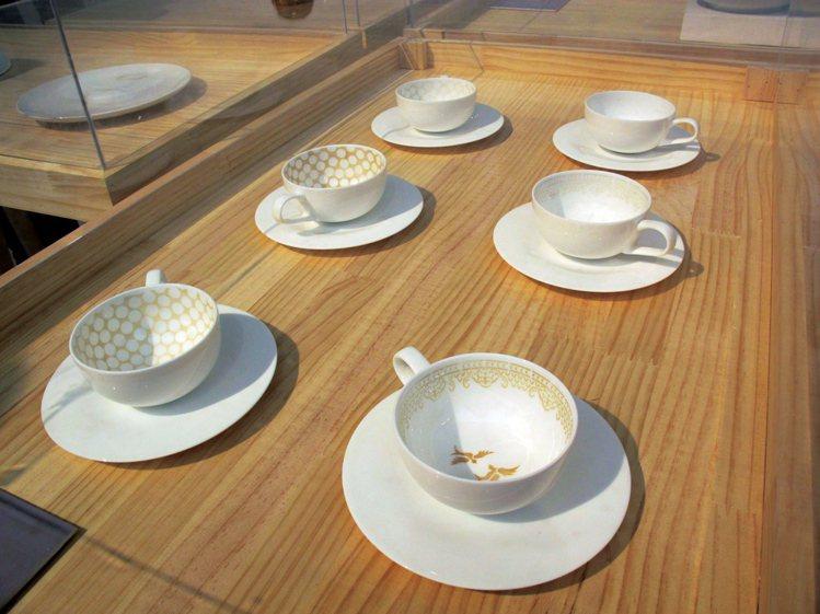 時間是生活的積累,Laura Bethan Woods透過我們每天都會用到的咖啡...