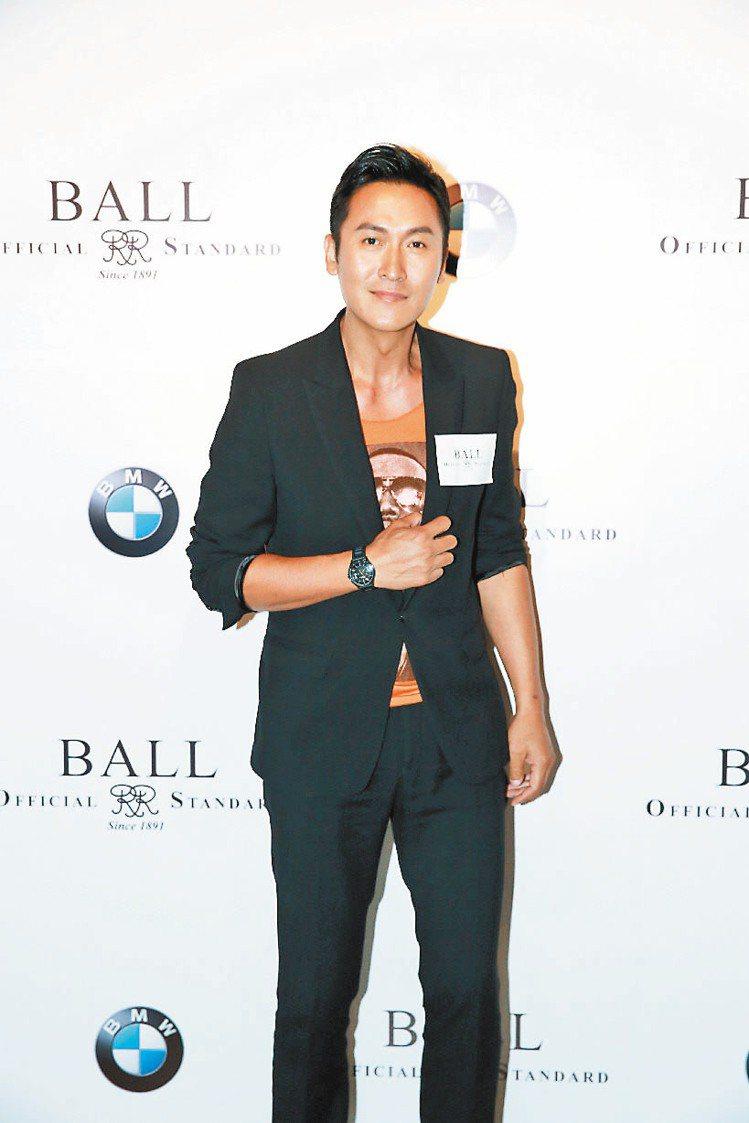 香港模特兒Rosemary與演員馬德鐘(圖)出席BALL Watch新表上市活動...