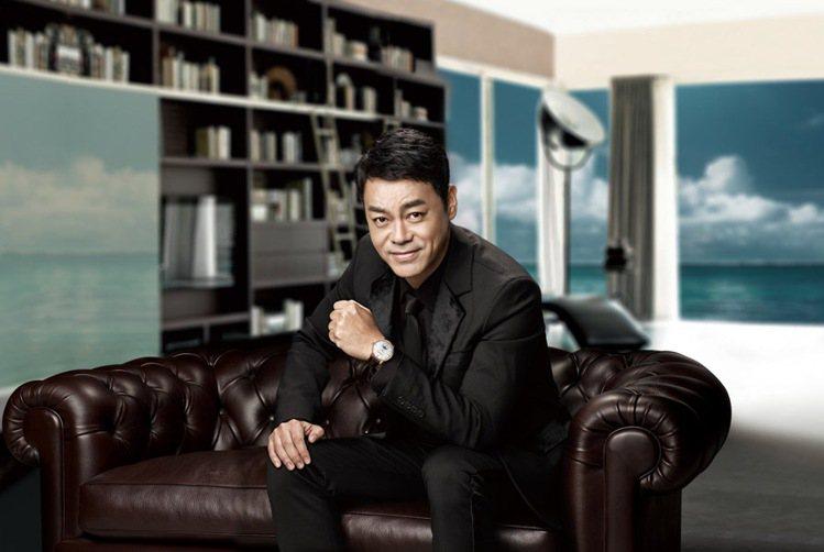 劉青雲擔任鐘表品牌康斯登全球代言人。圖/康斯登提供