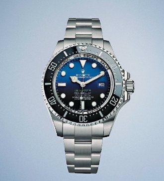 新款勞力士表Deepsea,代表深海D-Blue漸進的藍黑表盤,加上綠色Deep...