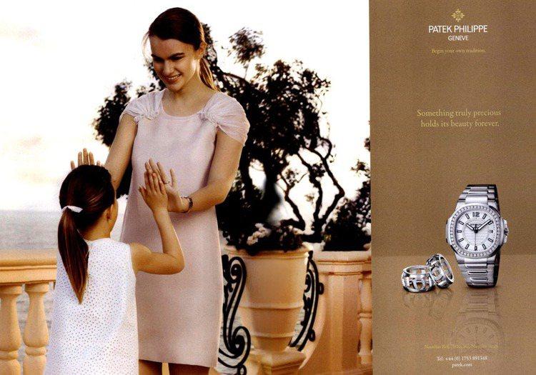 百達翡麗歷年廣告,以父子或母女的「傳承」為主題。圖/Patek Philippe...