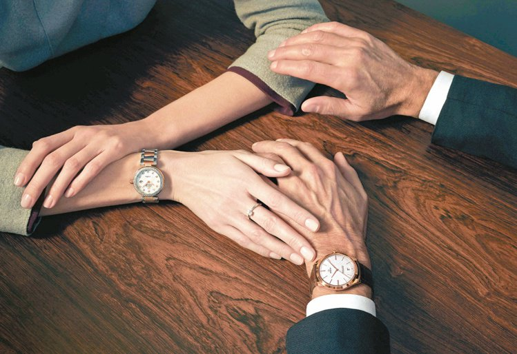 情人對表,不僅實用,也有兩人共度美好時光的寓意。圖/OMEGA提供