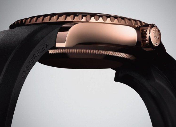 新款 OYSTERFLEX 錶帶。圖/時間觀念提供