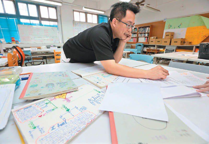 王政忠老師分享他的活化教學理念。記者劉學聖/攝影