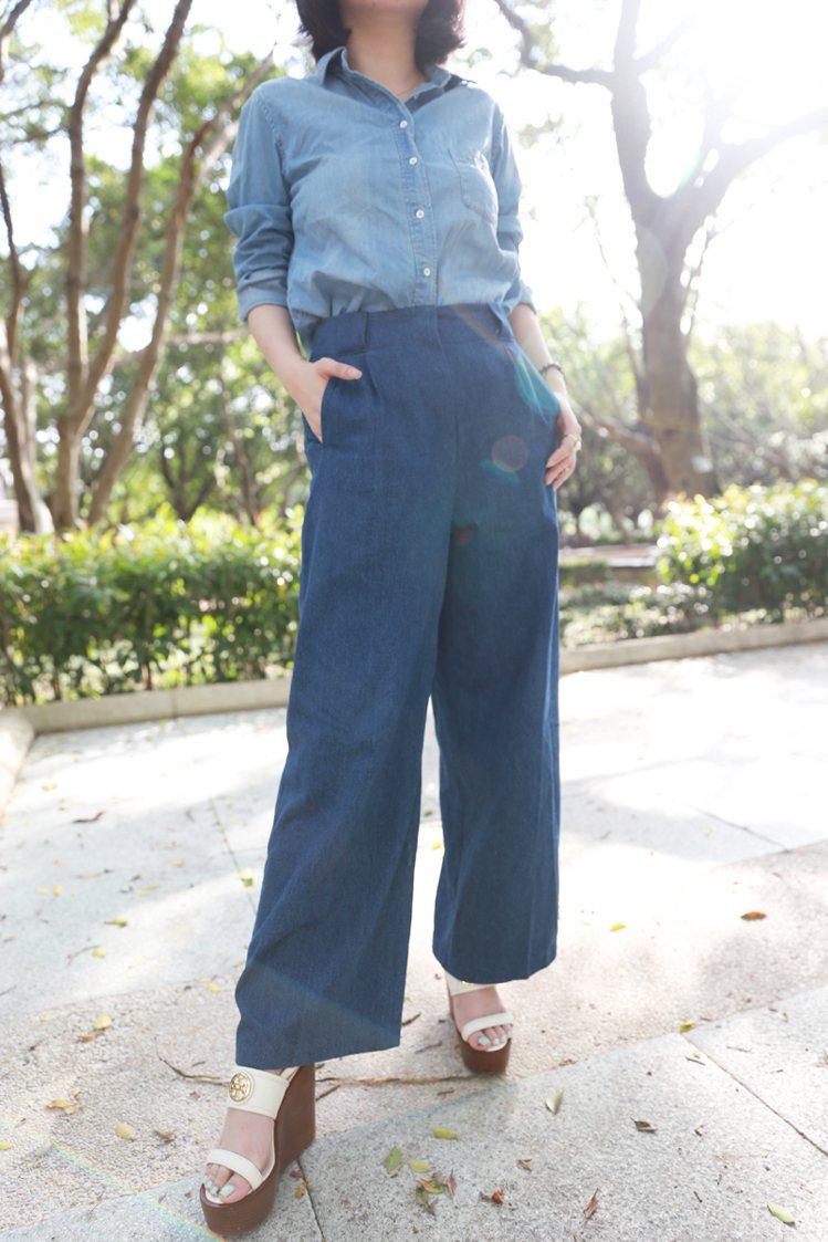 丹寧寬版褲遮腿穿起來非常顯瘦,尤其是它高腰的剪裁,讓下半身更加修長。圖/77涵提...