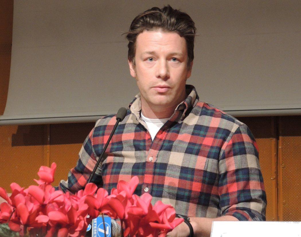 傑米奧利佛Jamie Oliver主張每個人都應該更關心自己的飲食。 照片/郭又...