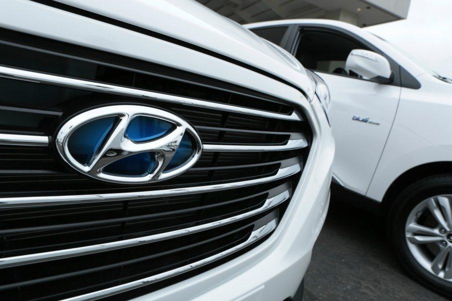 Hyundai汽車的崛起,讓其它車廠備感壓力,進而增加產品配備與調降售價,這對消...