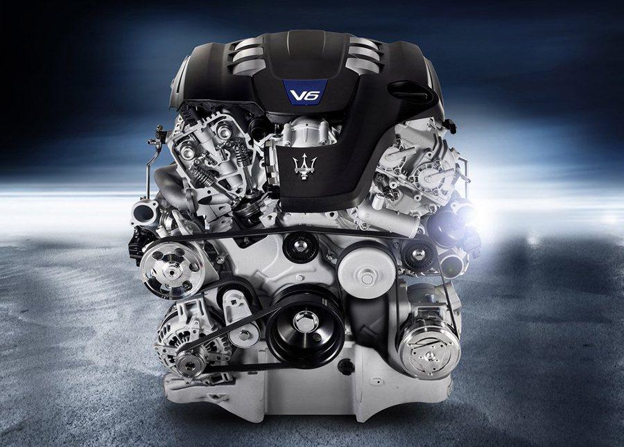 選用與 Maserati Quattroporte與 Ghibli相同引擎本體的...