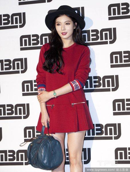 「裝可憐」的眼妝在韓國可是越來越紅的王道喔!金炫雅大概是代表女星了吧!圖;文/美...