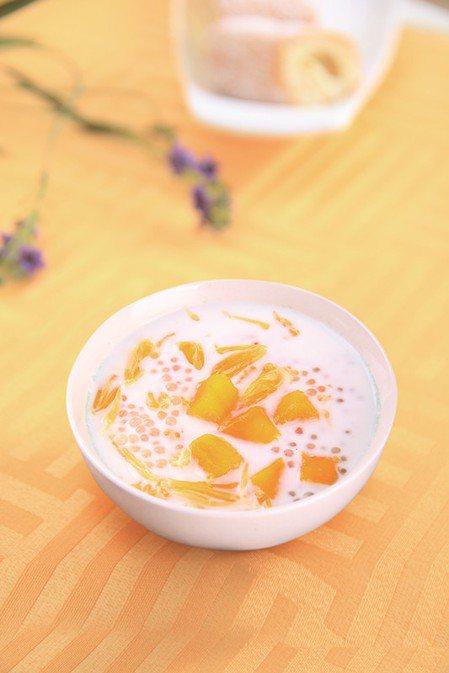 港式甜品楊枝甘露完成圖。 圖片來源/橘子出版社提供