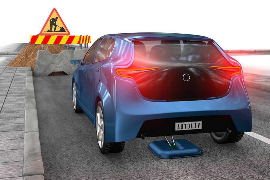 Torricelli brake剎車系統的最高作動時速為每小時70公里,所以是一...